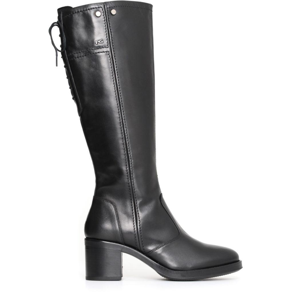Stivali NeroGiardini per donna in pelle nera tacco basso