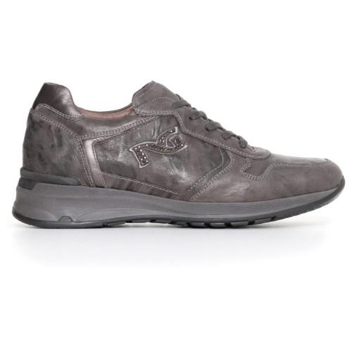 nerogiardini-donna-sneakers-nuova-collezione-offerta-bag-macerata-pistoia-prato-firenze-pisa-livorno-pavia-verona-venezia-roma-bologna-milano-piemonte-lombardia-toscana-arezzo-liguria-massa-molise-calabria-ubria-sicilia-emilia-aosta-piemonte-offerta-scarpe-abbigliamento-moda