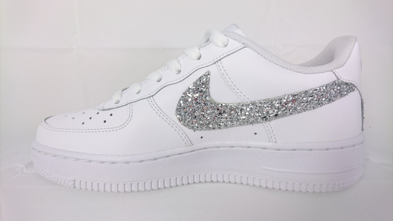nike air force argento
